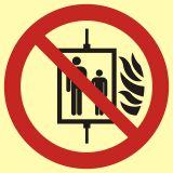 BB023 - Nie używać dźwigu w przypadku pożaru - znak przeciwpożarowy ppoż - Windy pożarowe