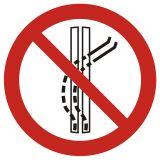 GAP037 - Zakaz opuszczania wyznaczonej trasy - znak bhp zakazujący - Obiekty budowlane na terenie zakładu pracy