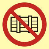 Nie zastawiać - znak przeciwpożarowy ppoż - BA004 - Norma PN-92-N-01256-01