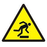 Ostrzeżenie przed niebezpieczeństwem potknięcia się - znak bhp ostrzegający - GDW007 - Znaki BHP w miejscu pracy (norma PN-93/N-01256/03)