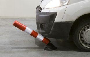 Słupek drogowy, parkingowy, uchylny FLEXPIN 75cm, folia odblaskowa II generacji