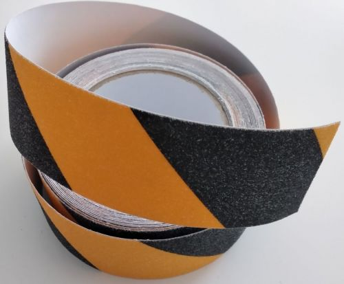Taśma antypoślizgowa samoprzylepna na podłogę 2,5/5/10 cm x 18m - żółto-czarna - Trasy ruchu, przeszkody i niebezpieczne miejsca – znaki