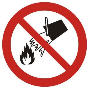 Zakaz gaszenia wodą - znak bhp zakazujący - GAP011