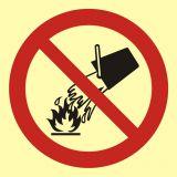 Zakaz gaszenia wodą - znak przeciwpożarowy ppoż - BA003 - Norma PN-92-N-01256-01