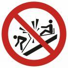 Zakaz najeżdżania na siebie sań (toboganów) - znak bhp zakazujący - GAP047