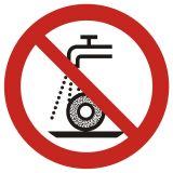 Zakaz szlifowania na mokro - znak bhp zakazujący - GAP033 - Wypadki przy pracy w 2020 r. – najczęstsze przyczyny wypadków w statystykach GUS