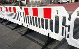Zapora bariera drogowa U-20 PCV Revia z nóżkami - Roboty prowadzone w poboczu i w pasie dzielącym