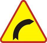 Znak A-1 Niebezpieczny zakręt w prawo - drogowy ostrzegawczy - Odległość znaków ostrzegawczych od miejsc niebezpiecznych