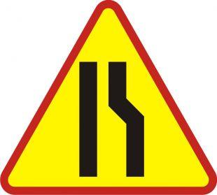 Znak A-12b Zwężenie jezdni prawostronne - drogowy ostrzegawczy