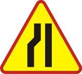 Znak A-12c Zwężenie jezdni lewostronne - drogowy ostrzegawczy - Sygnalizacja przenośna
