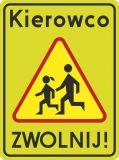 Znak A-17 T3 Kierowco Zwolnij! - drogowy ostrzegawczy - Droga osiedlowa: znaki i przepisy w strefie zamieszkania i na drogach wewnętrznych