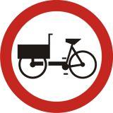 Znak B-11 Zakaz wjazdu wózków rowerowych - drogowy zakazu - Zakaz wjazdu dla różnych pojazdów
