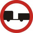 Znak B-7 Zakaz wjazdu pojazdów silnikowych z przyczepą - drogowy zakazu