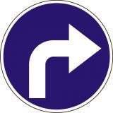 Znak C-2 Nakaz jazdy w prawo za znakiem - drogowy nakazu - Zakaz ruchu w obu kierunkach – znak B-1
