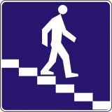Znak D-35 Przejście podziemne dla pieszych - drogowa tablica informacyjna - Bezpieczne przejście dla pieszych – jak należy się zachować na zebrze?
