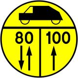 Znak drogowy wojskowy W-4 Klasa obciążenia mostu o ruchu dwukierunkowym dla pojazdów kołowych - Znaki dla kierujących pojazdami wojskowymi