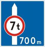 Znak F-5 Uprzedzenie o znaku - drogowy uzupełniający - Zakaz wjazdu pojazdów (o długości / masie całkowitej większej niż …)