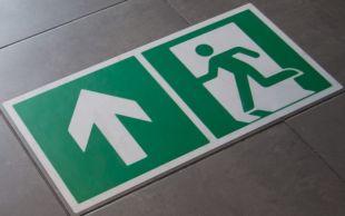 Znak podłogowy, naklejka BHP z opisem - Uwaga! Ruch wózków widłowych